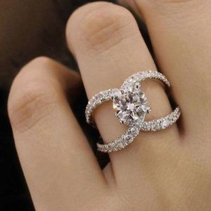 3 ct. White Topaz 925 Silver Ring Size 9